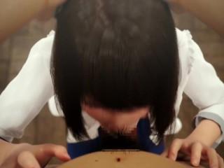 بنت يابانية مثيرة بتمص زبر حبيبها